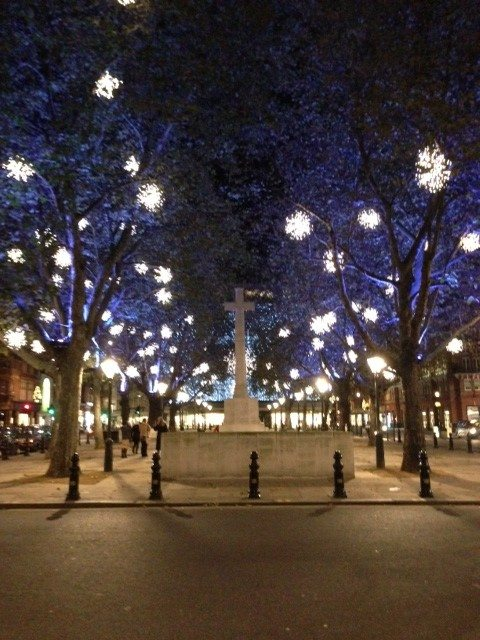 Sloane-Square-Christmas-lights